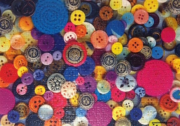 Brand: Ravensburger Title: Buttons