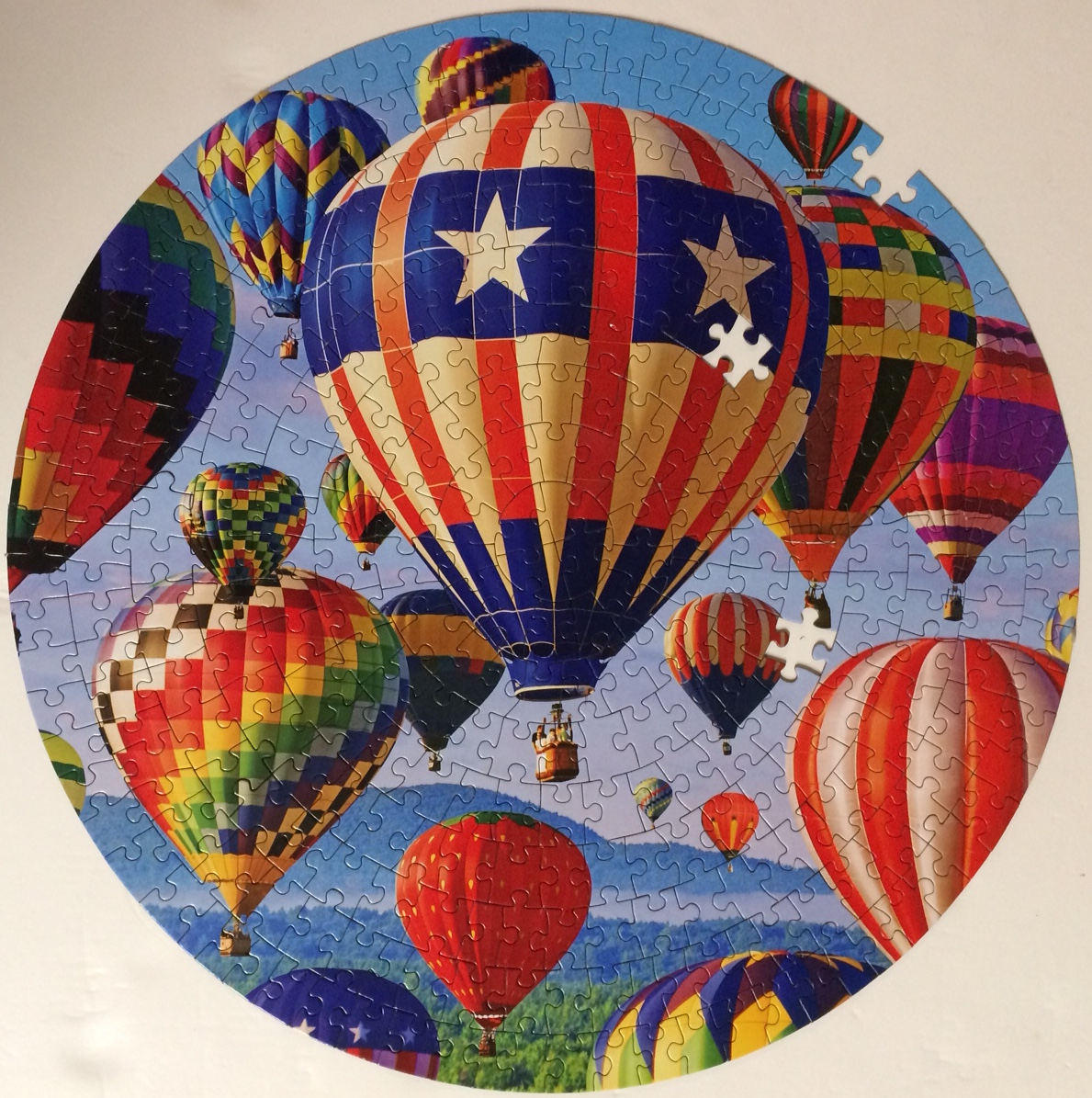 Brand: Lafayette Puzzle Factory  Title: Red White Blue Balloon Ascension   Pieces: 350  Size: 14